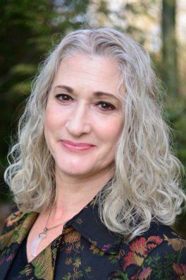 Lisa Cruz, MA, LMHC